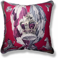 red royal vintage cushion 833 Front